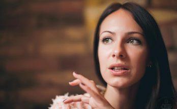 «Мне 33, не замужем, нет детей, и я не страдаю по этому поводу»: избранница Остапчука рассказала о себе