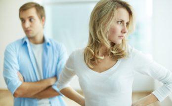 Не испытывайте его терпение: 10 женских привычек, которые раздражают мужчин