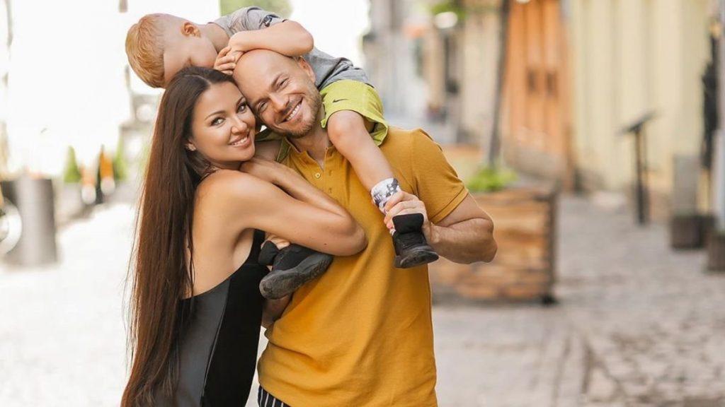 Супруга Влада Ямы поделилась семейными кадрами с поездки во Львов