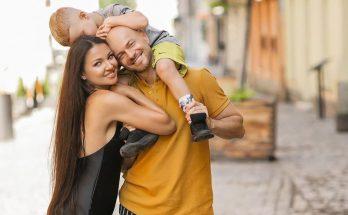Образцовая семья: супруга Влада Ямы поделилась семейными кадрами с поездки во Львов