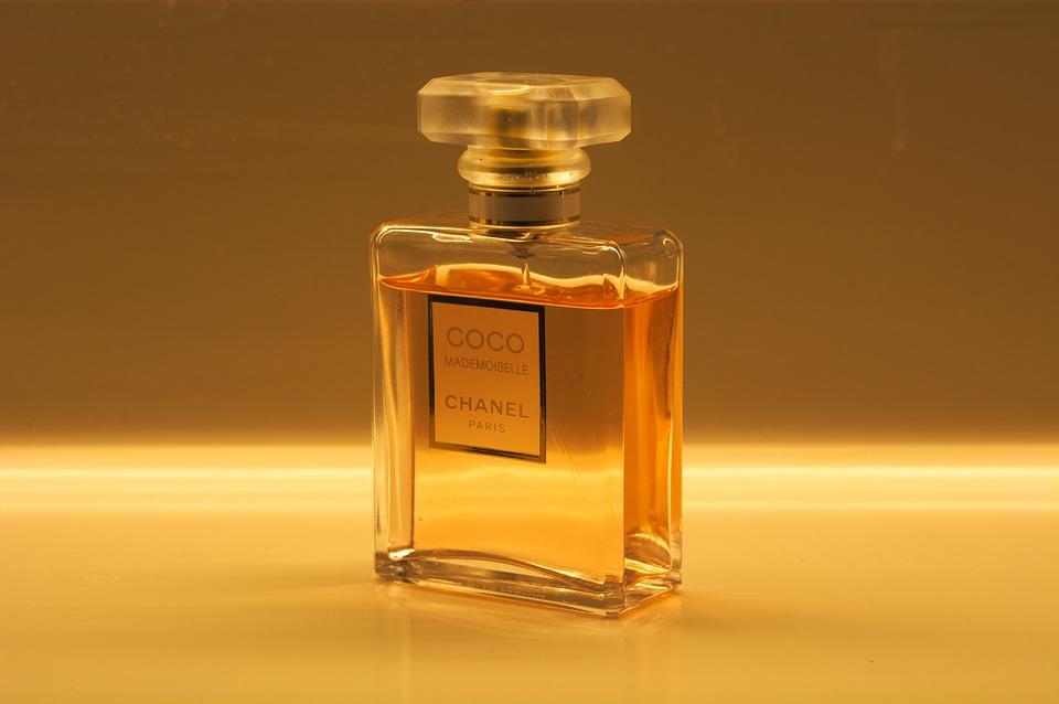 Ссновные ошибки при нанесении парфюма, которые испортят даже самый дорогой аромат