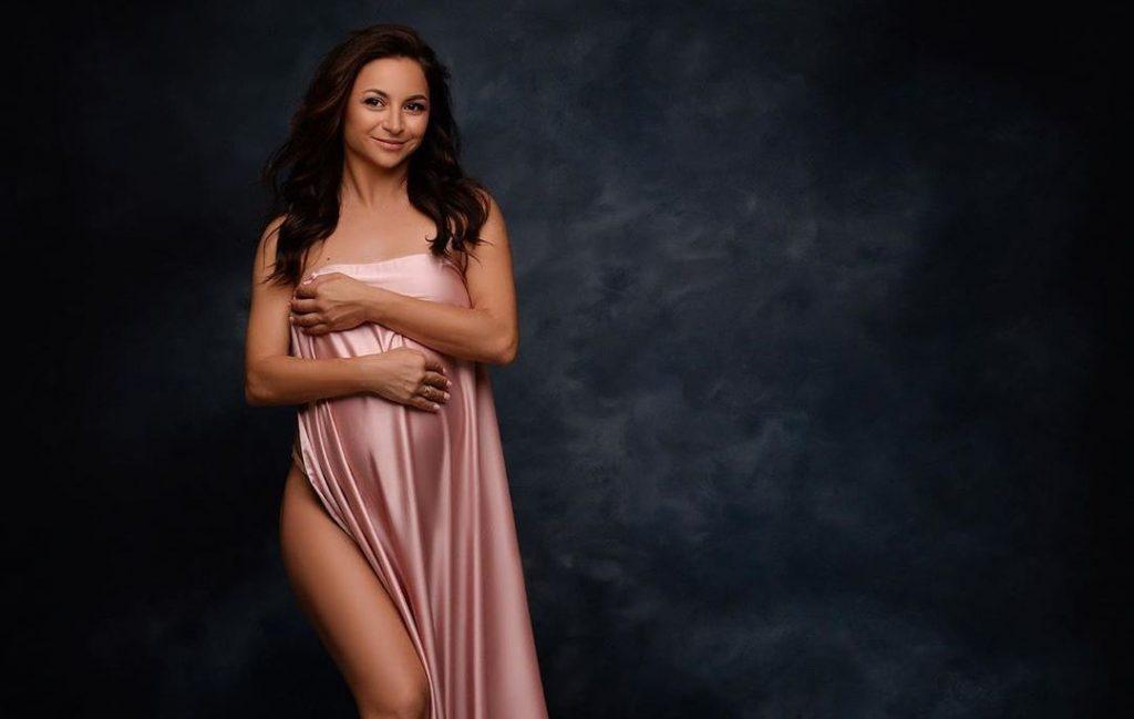 Илона Гвоздева на внушительном сроке беременности выйдет на паркет «Танці з зірками»
