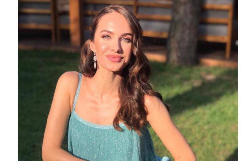 Кристина Горняк похвасталась фигурой в самом модном платье этого лета