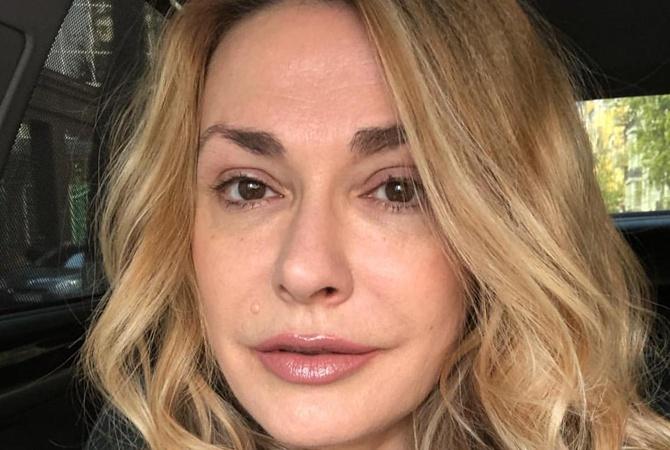 Ольга Сумская изменила цвет волос и прическу