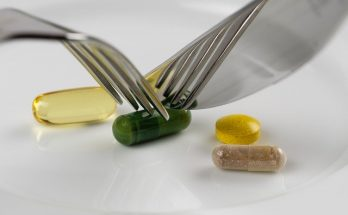 Не сочетайте несочетаемое: добавки, которые нельзя принимать с другими препаратами