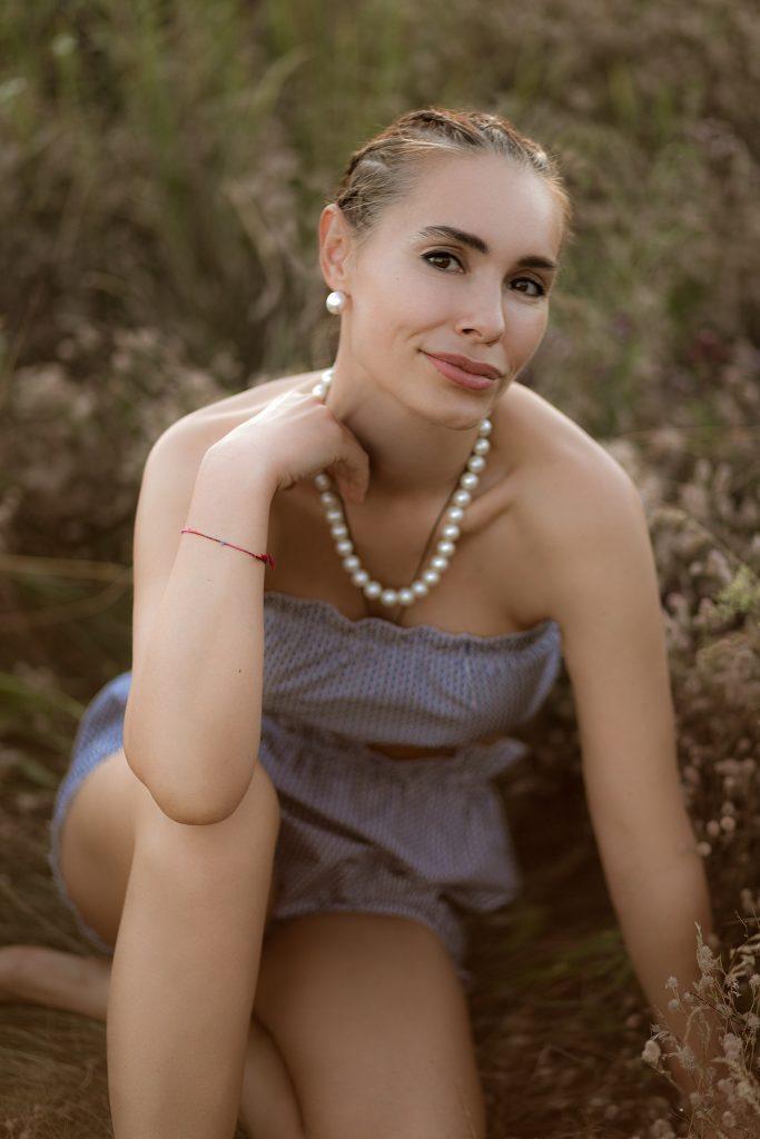 Виталина Ющенко презентовала коллекцию купальников в стиле винтаж