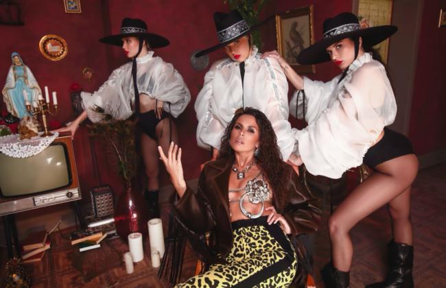 Настя Каменских рассказала, как из-за критики переделывала новый испаноязычный альбом