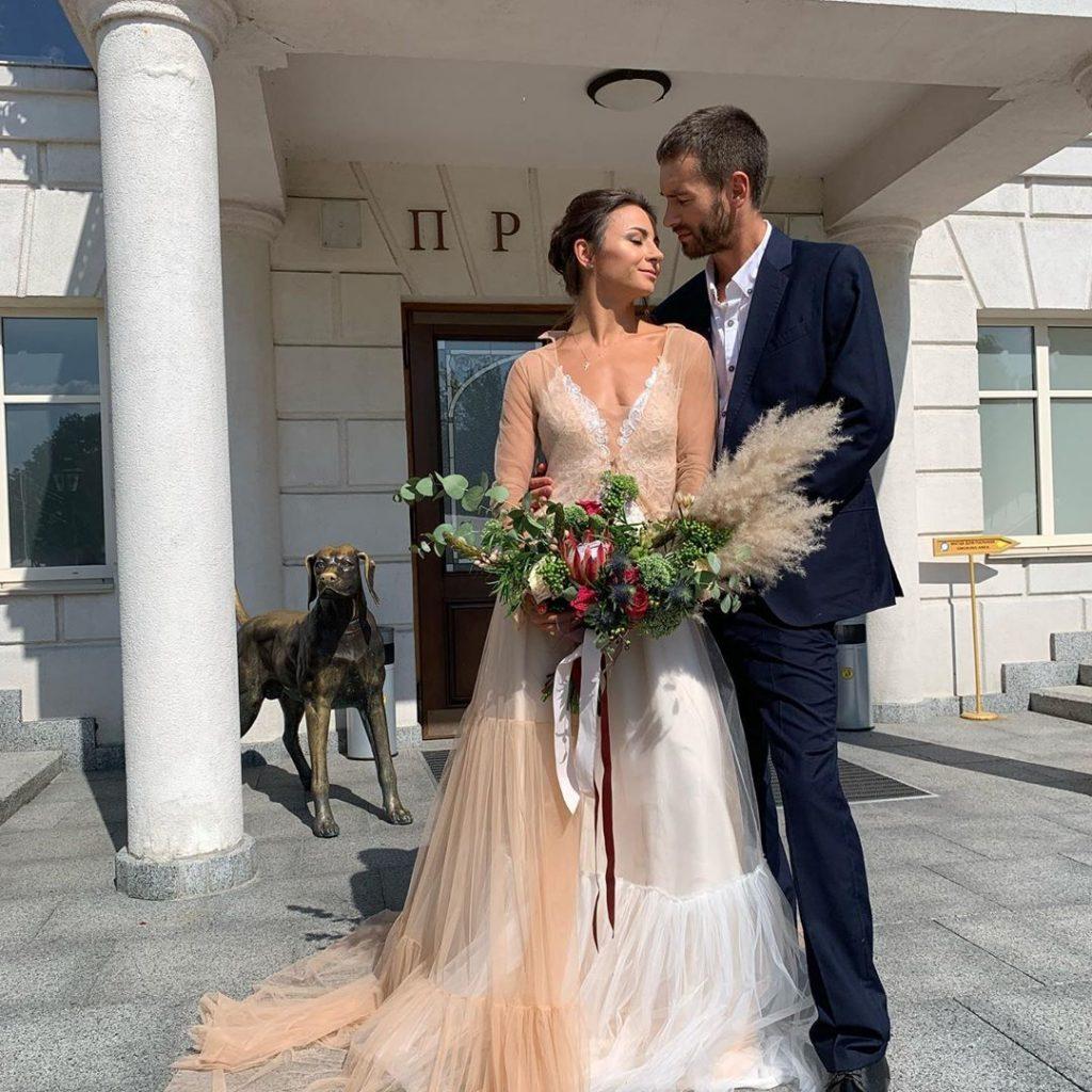Илона Гвоздева рассказала историю знакомства с мужем