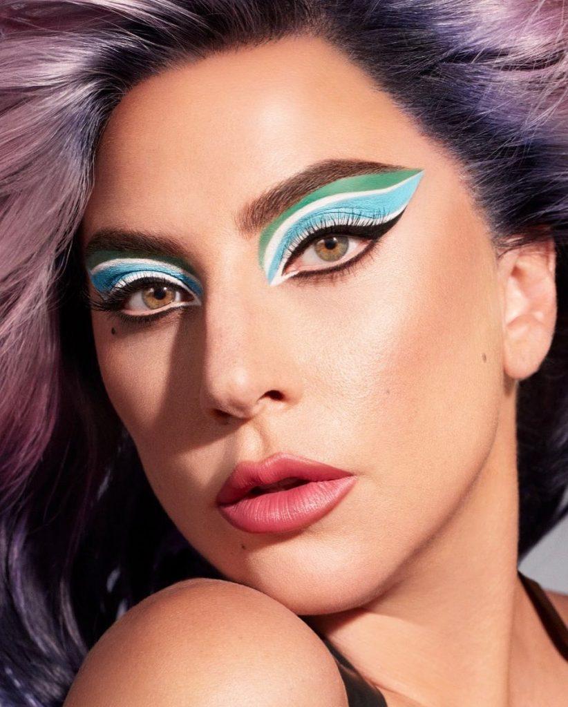 Леди Гага шокировала поклонников признанием