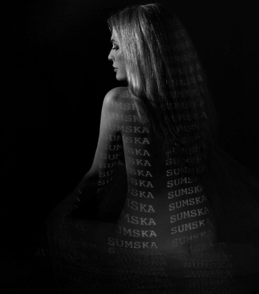 Ольга Сумская произвела фурор снимками в стиле «ню»