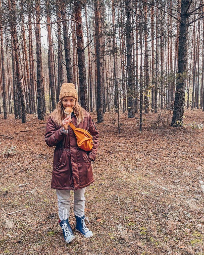 Алена Шоптенко показала себя во время прогулки после выздоровления