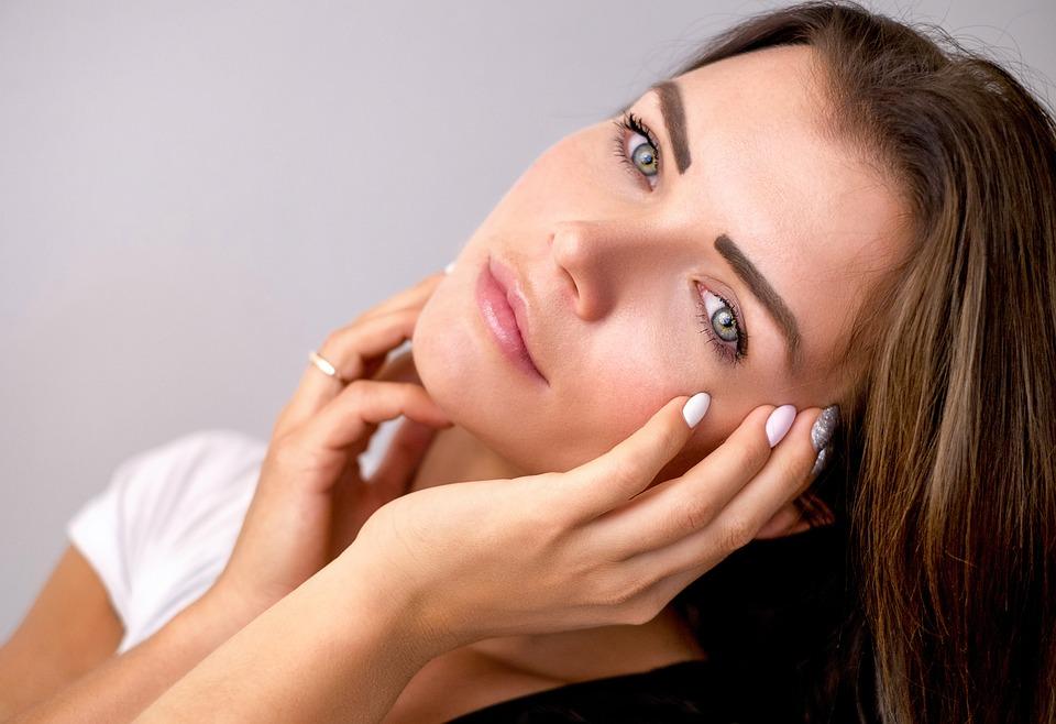 Три совета для макияжа за десять минут