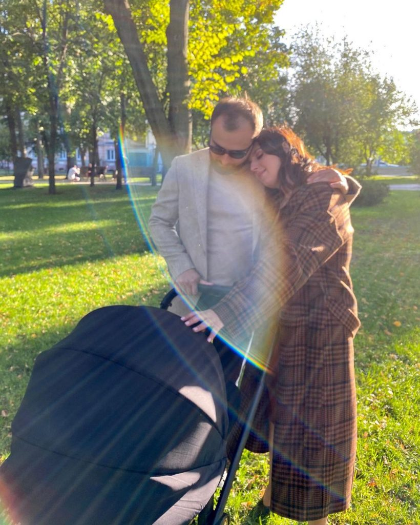 Джамала засыпала ленту снимками с мужем и младшим сыном