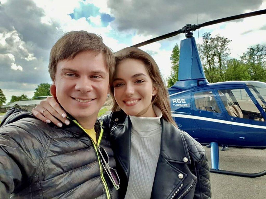Дмитрий Комаров рассказал, как прошел первый год его семейной жизни