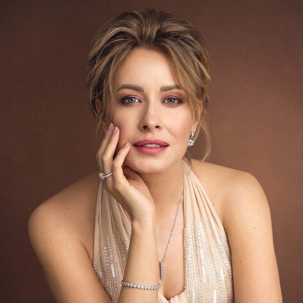Елена Кравец рассказала о книгах, которые сейчас читает