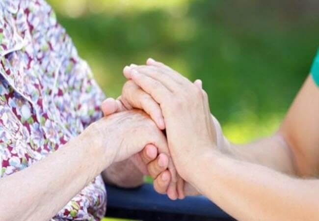 Врачи назвали «незаметные» симптомы опасной болезни Паркинсона