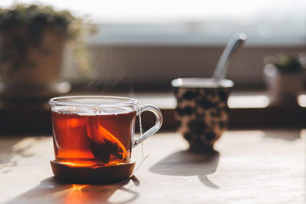 Диетолог рассказала, когда чай превращается в яд