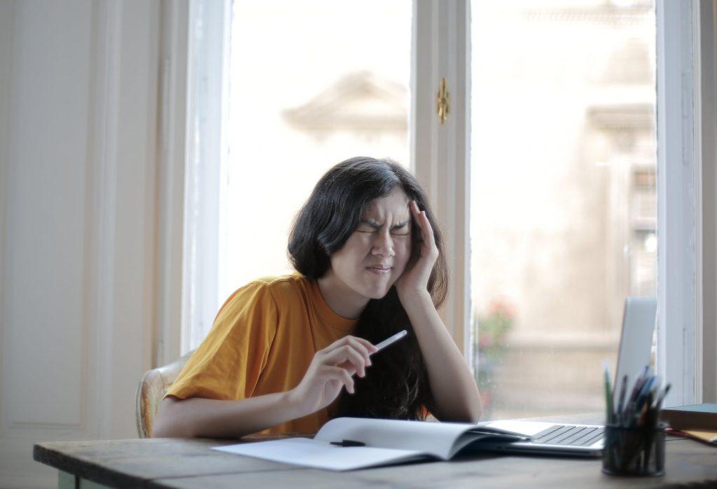 Четыре отличия между инсультом и мигренью