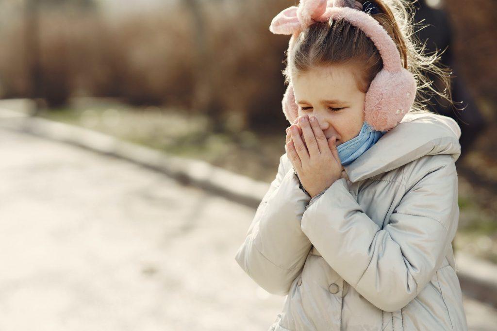 Способы облегчить кашель от доктора Комаровского