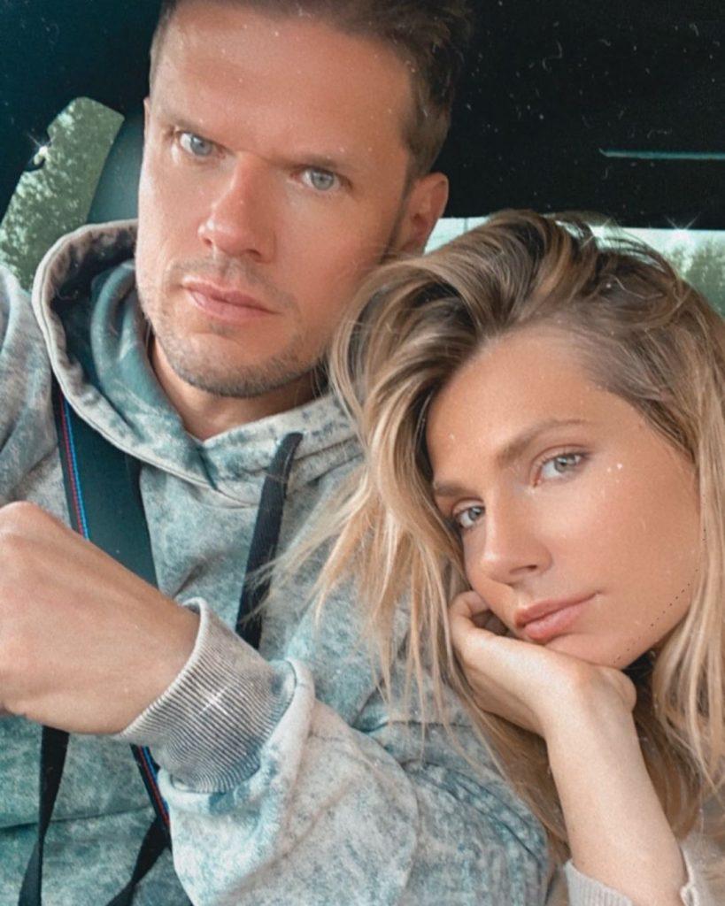 Антонина Паперная показала мужа на совместном снимке