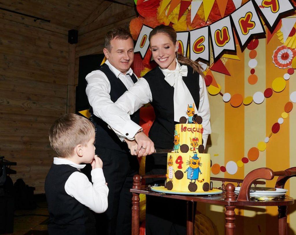 Катя Осадчая показала, как прошел день рождения ее младшего сына