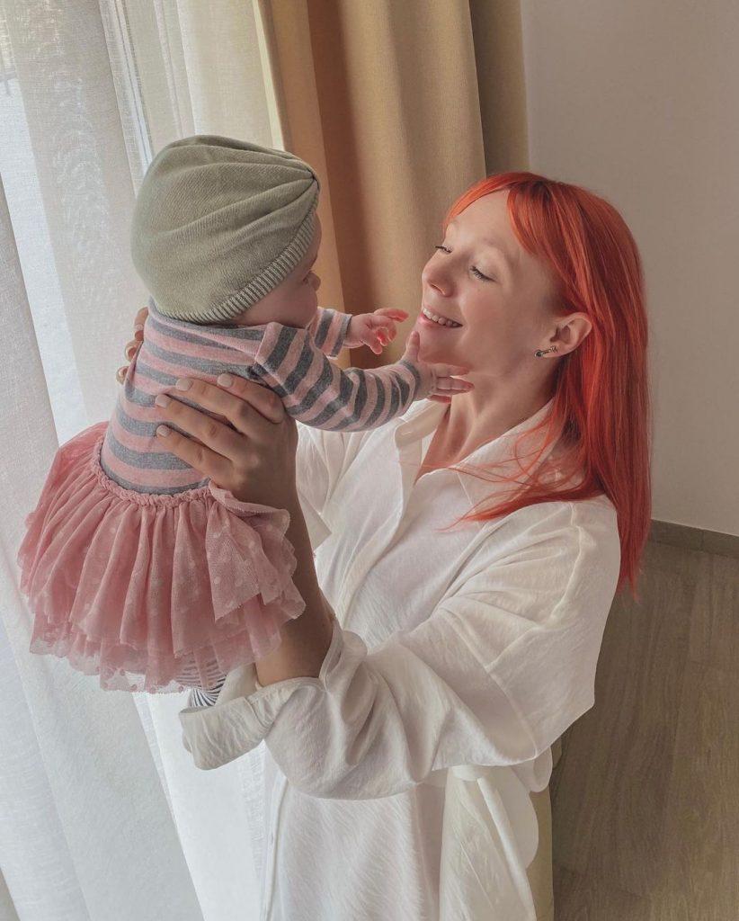 Светлана Тарабарова очаровала поклонников семейным фото с дочкой