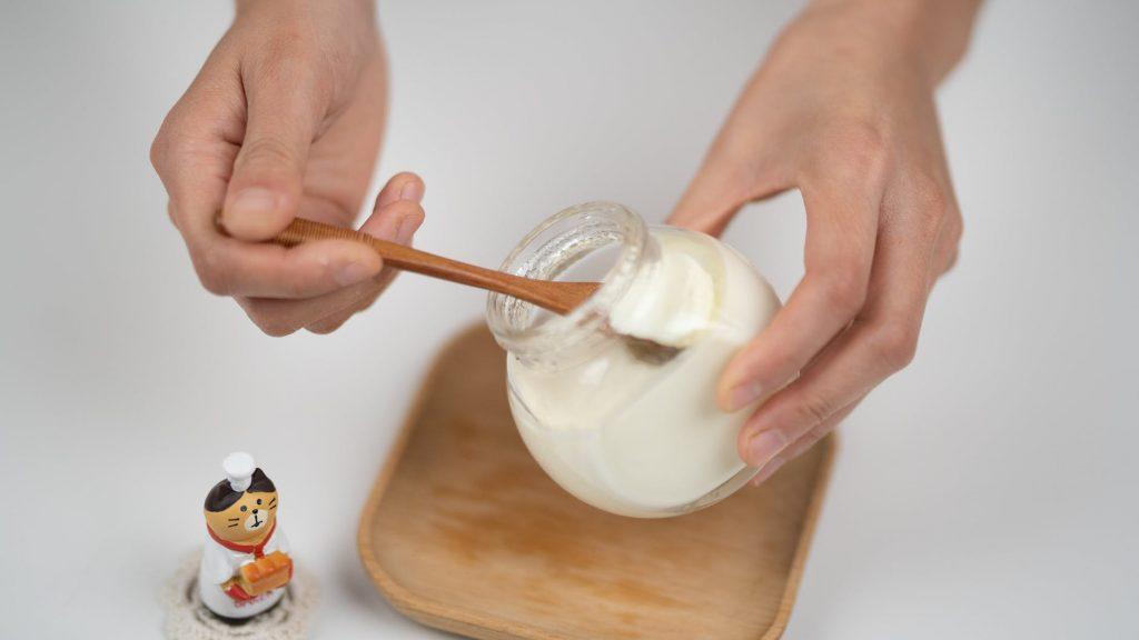 Диетологи рассказали что будет, если каждый день есть йогурт
