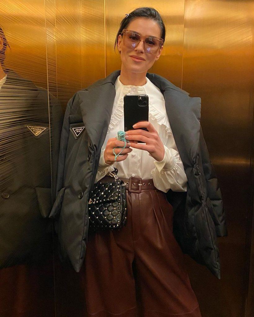 Маша Ефросинина показала стильный весенний look