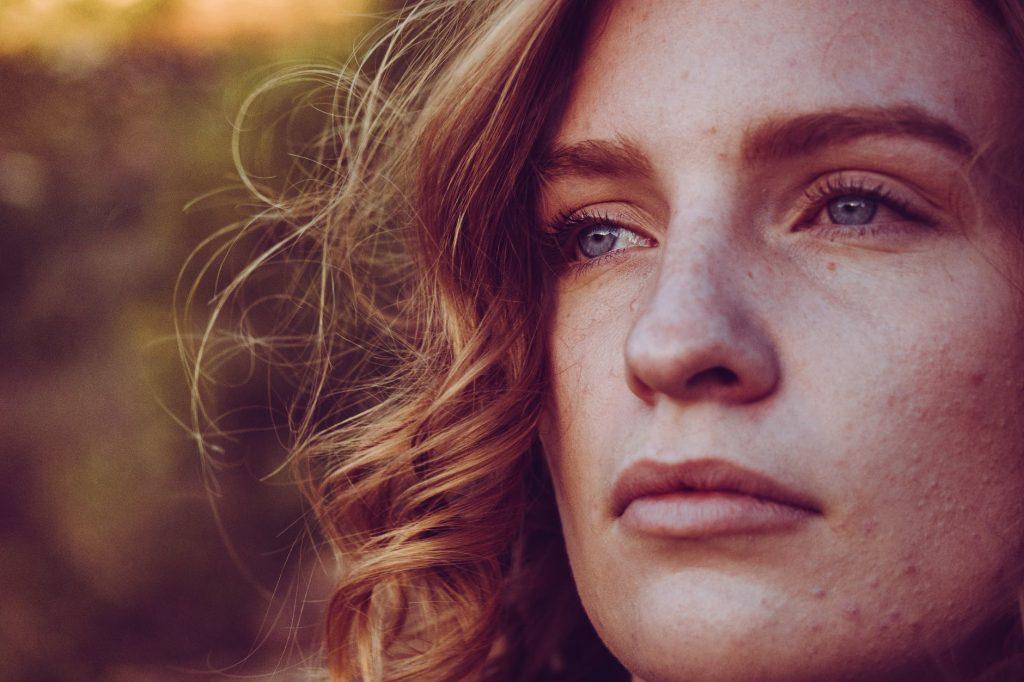 три болезни, которые имеют характерное проявление симптомов на лице человека