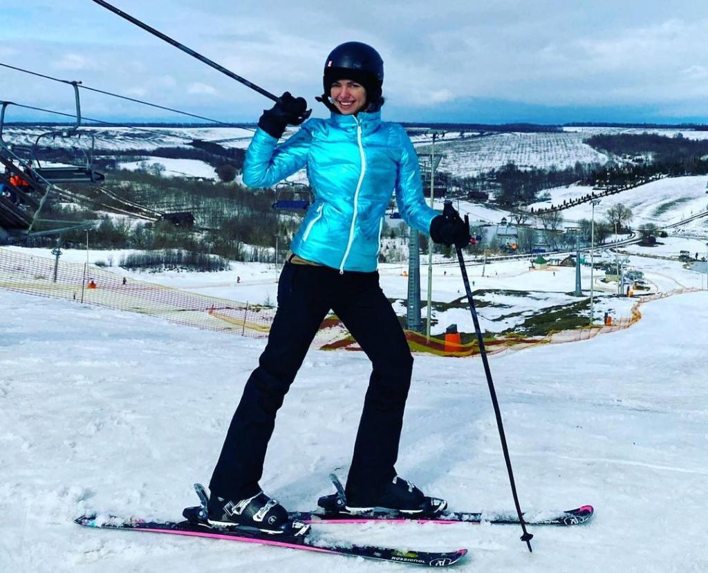 Виктория Смеюха похвасталась своим отдыхом на лыжах