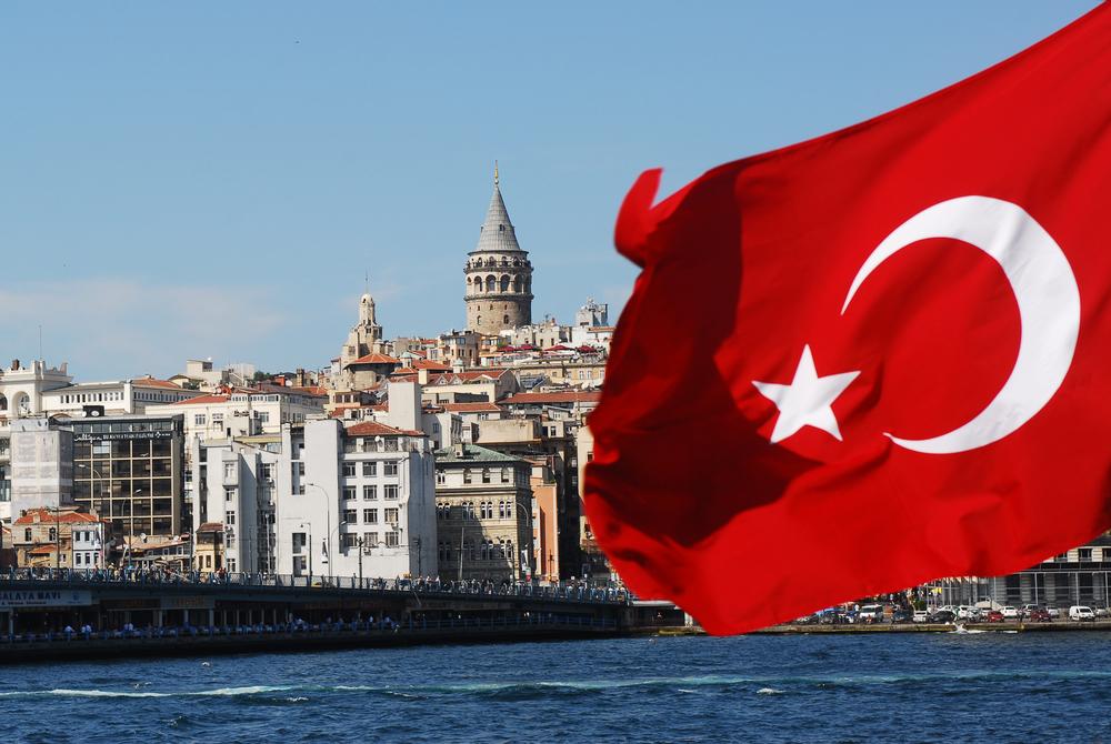 Жесткий карантин в Турции: как быть украинским туристам?