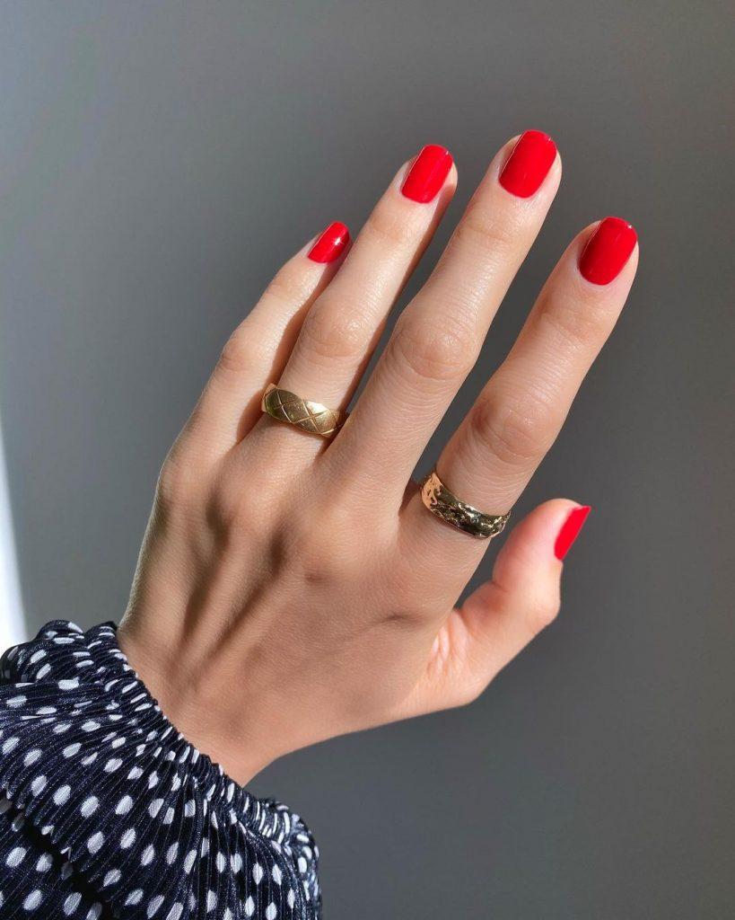 Самые любимые оттенки лака для ногтей у мужчин