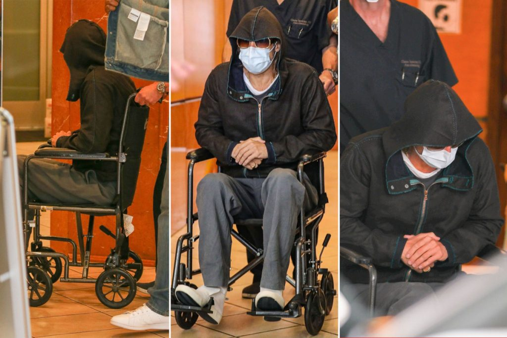 Брэд Питт появился на публике в инвалидной коляске
