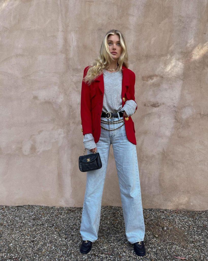 Эльза Хоск показала, как носить трендовый яркий пиджак