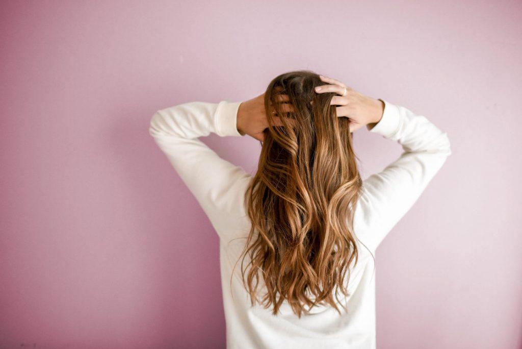 причины выпадения волос и способы их восстановления