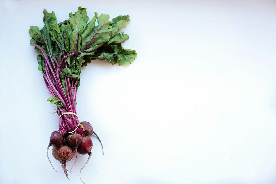 в этом недорогом овоще много железа, клетчатки и фолиевой кислоты, что поможет сохранить молодость