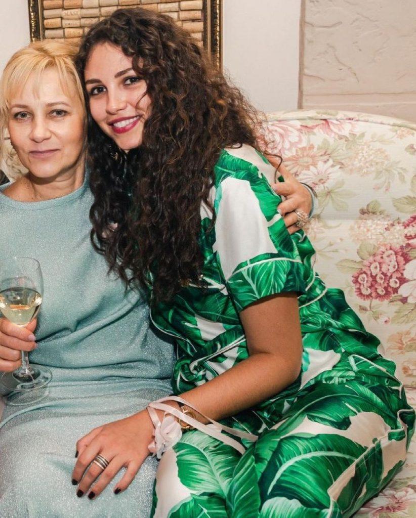 Анна Богдан после развода сильно потолстела, фото до и после