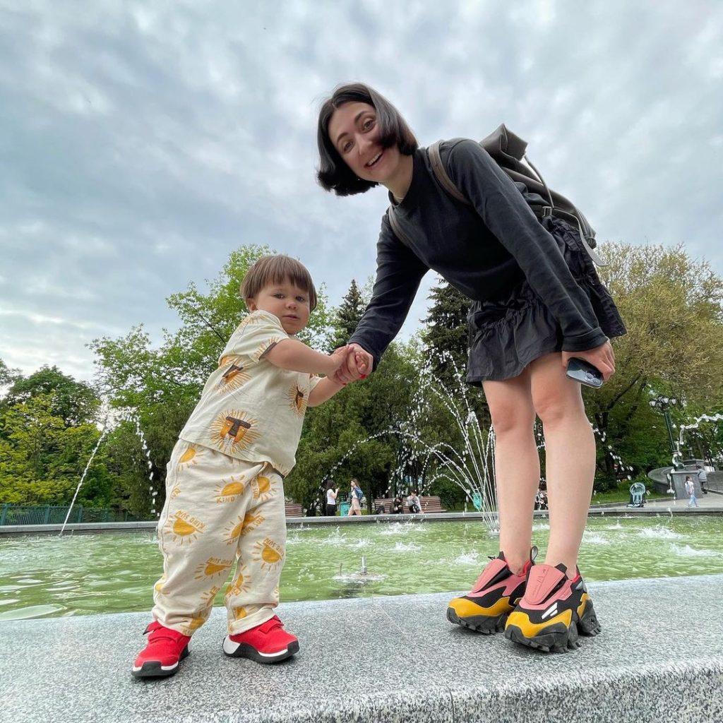 Снежана Бабкина очаровала поклонников фото с младшим сыном