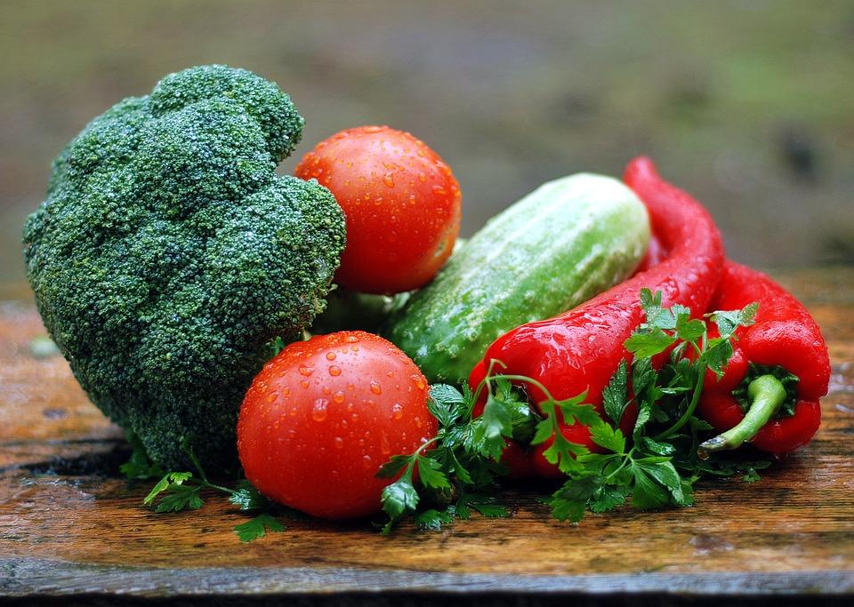 Как снизить количество нитратов в первых овощах