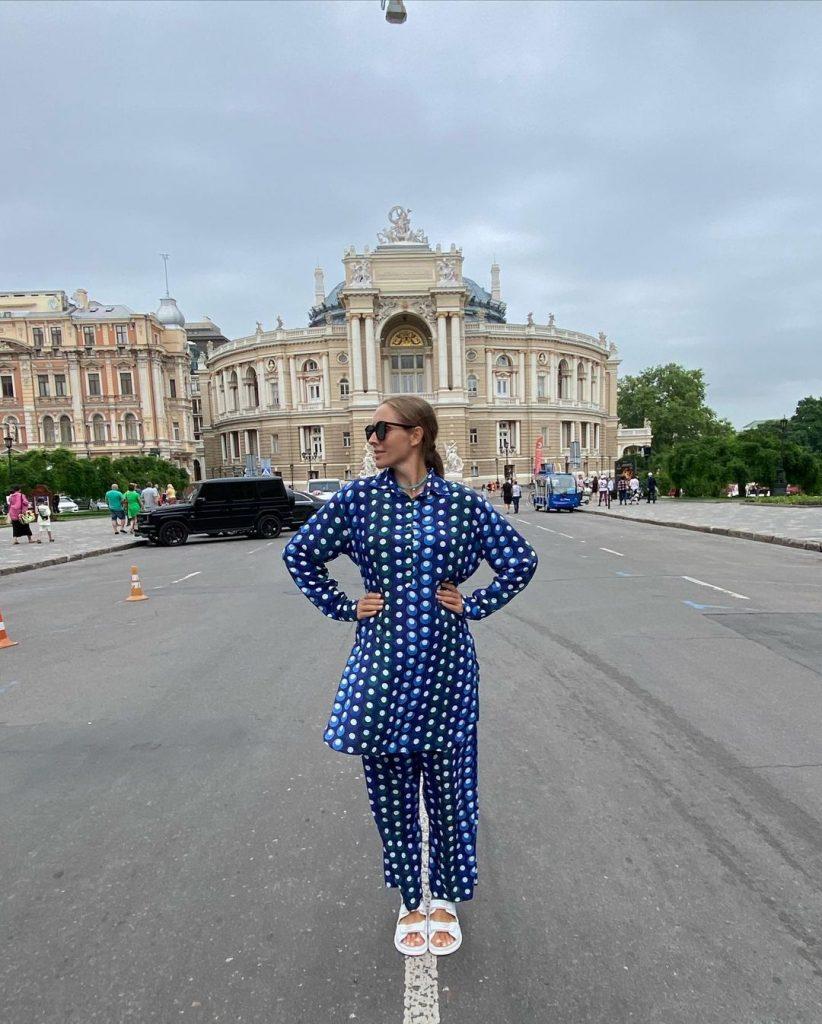 беременная Катя Осадчая и ее муж Юрий Горбунов проводят время в Одессе