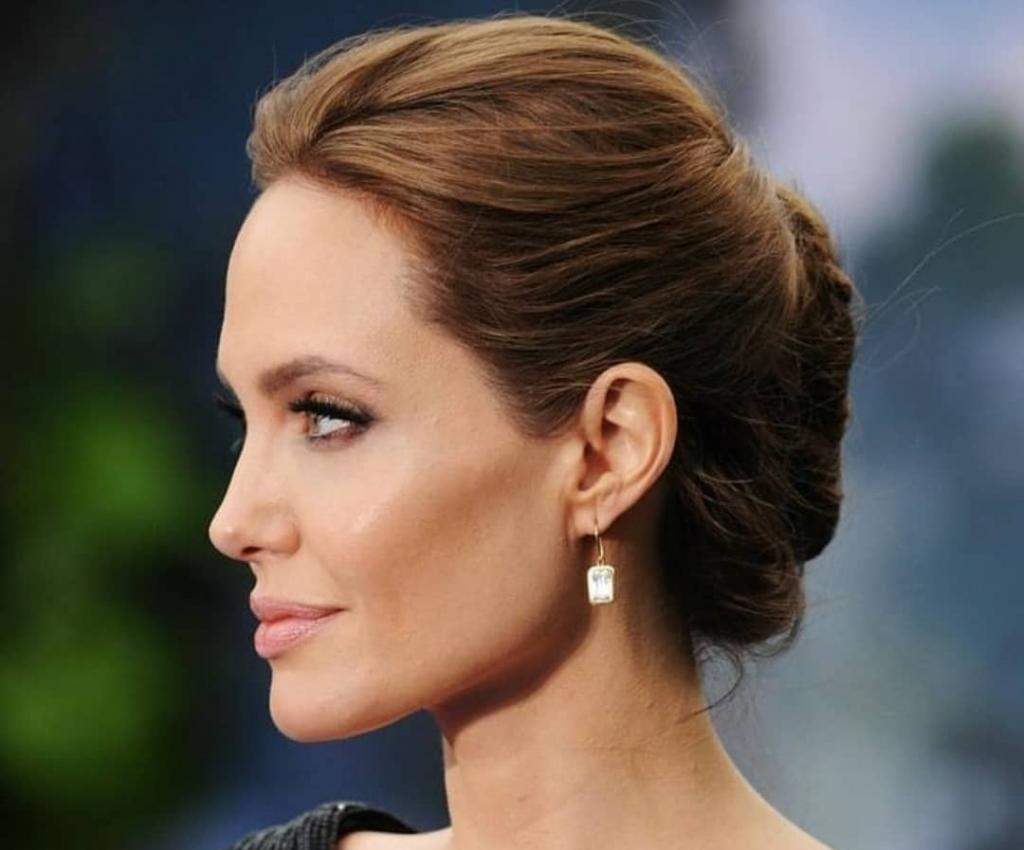 стала известна реакция Анджелины Джоли на победу Брэда Питта в суде