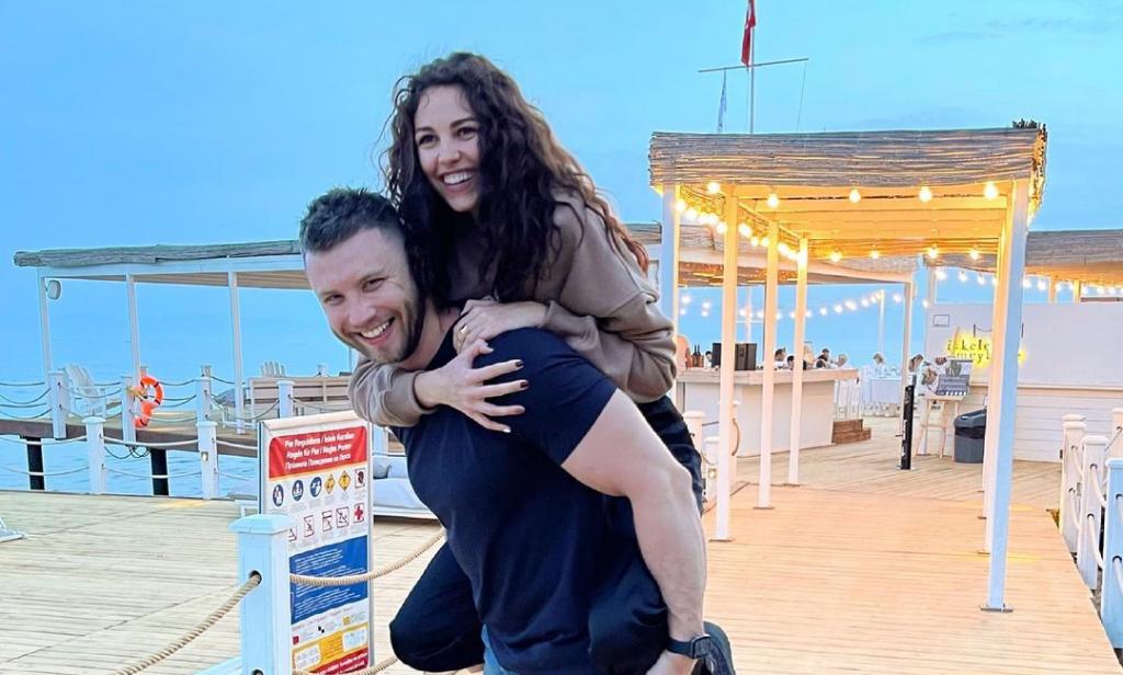 «Холостяк» увез Анну Богдан в романтическое путешествие