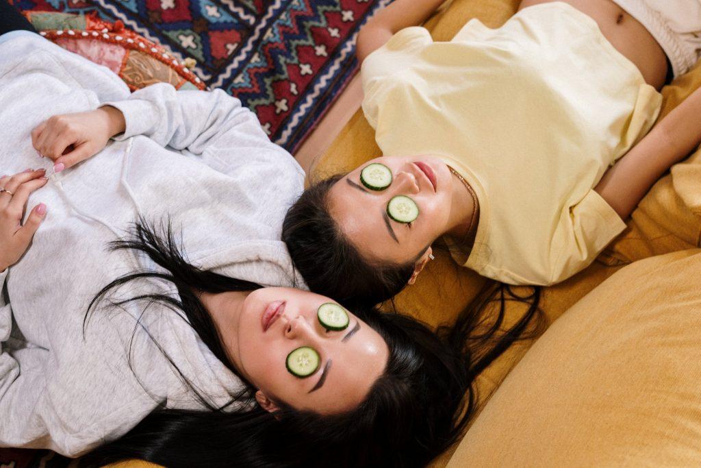 как приготовить увлажняющую огуречную маску для лица