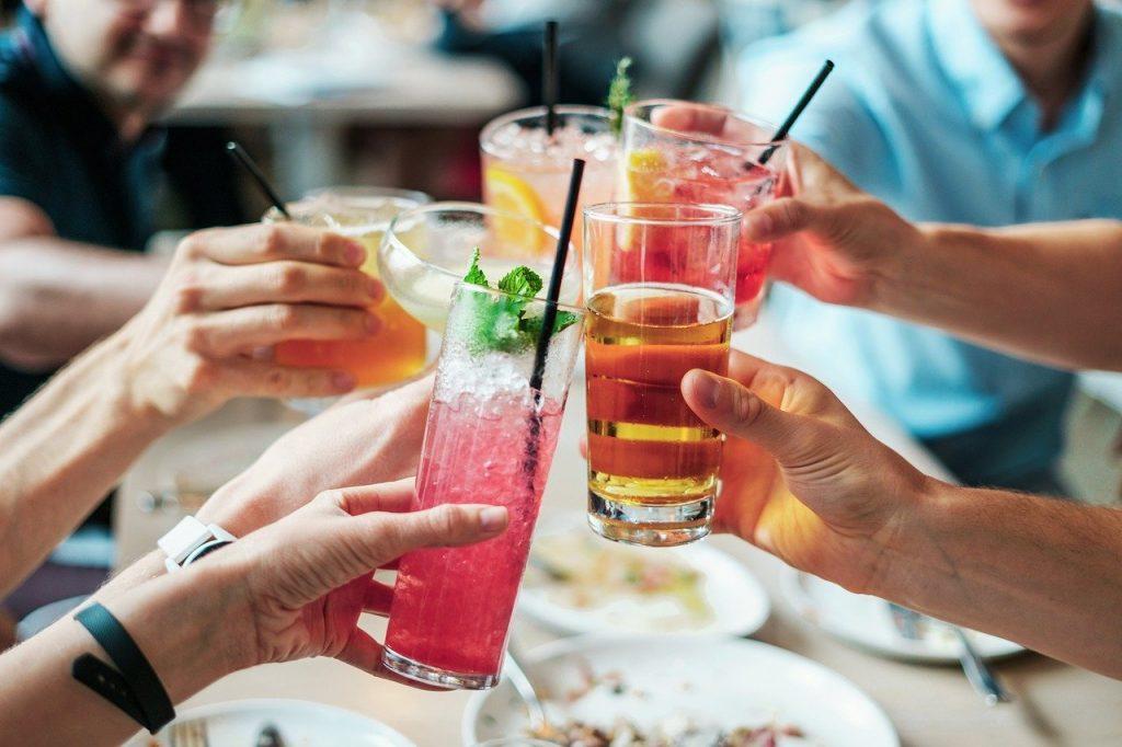 знаки зодиака, которые более склонны к алкоголизму