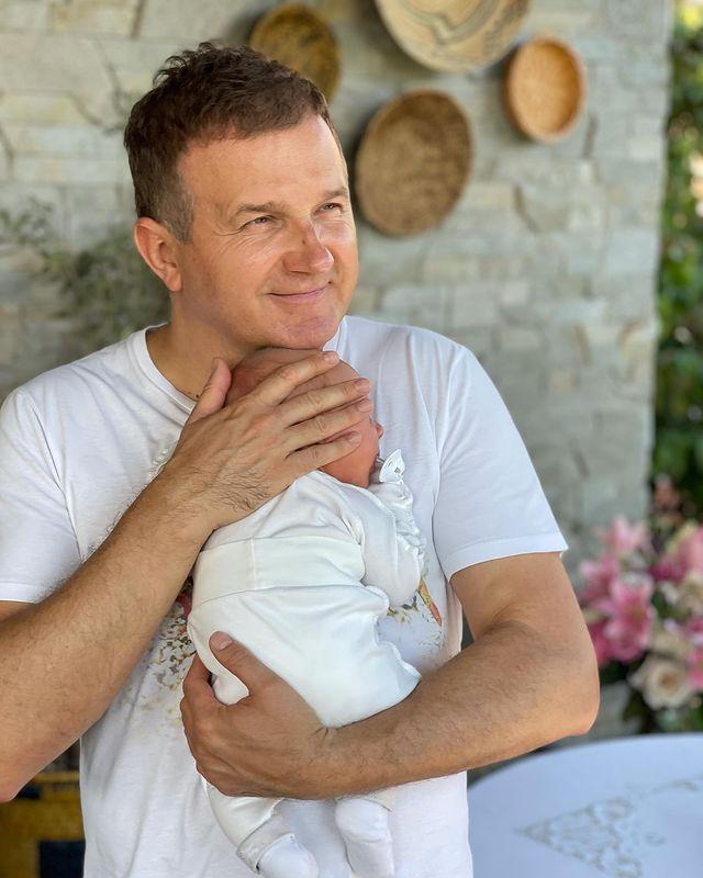 Юрий Горбунов показал снимок с младшим сыном