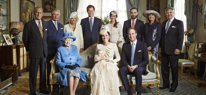 Вот что предпочитают британские монархи в качестве послеобеденного меню