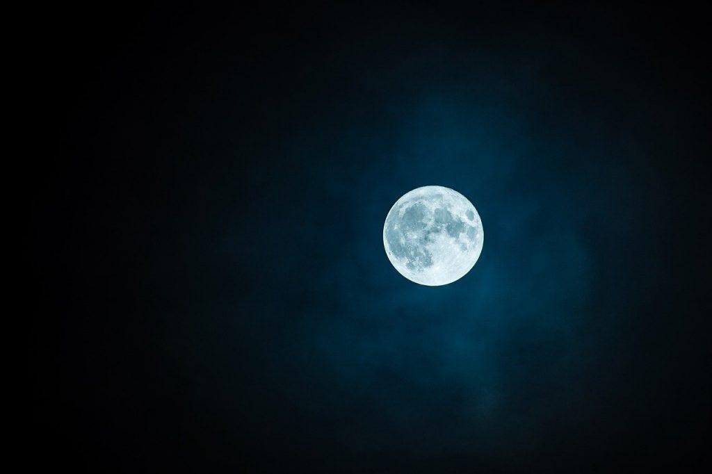 Семь дел, которые стоит начинать на растущей Луне